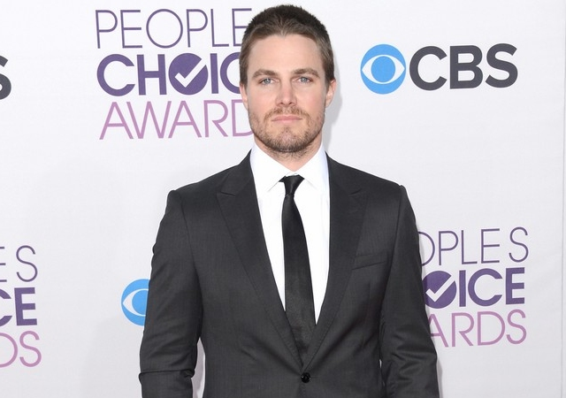 stephen-amell-people