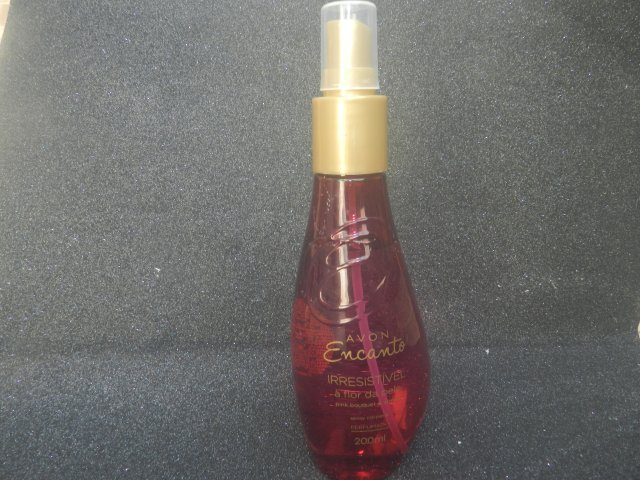 spray-encanto-avon1